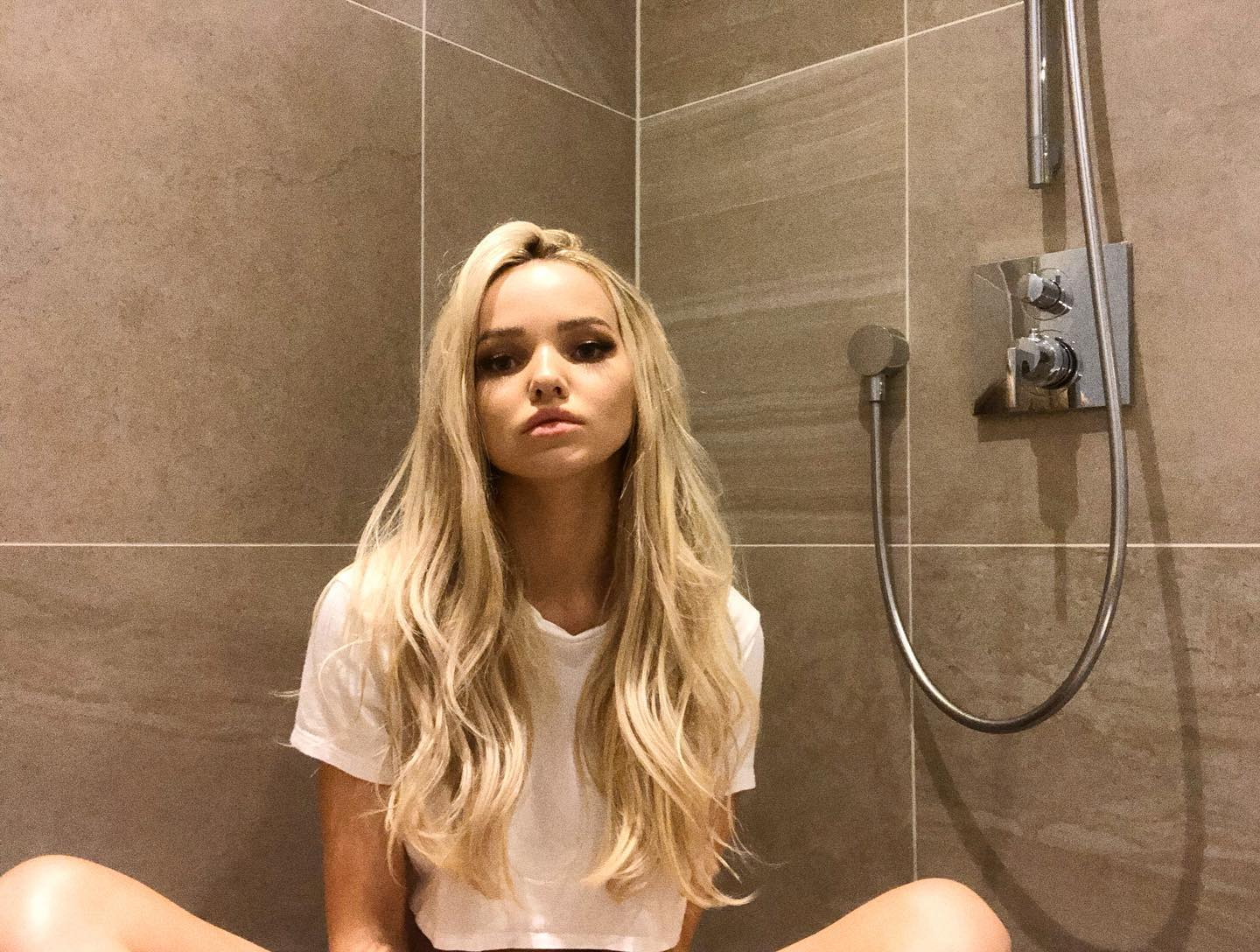 Dove Cameron Stay Home