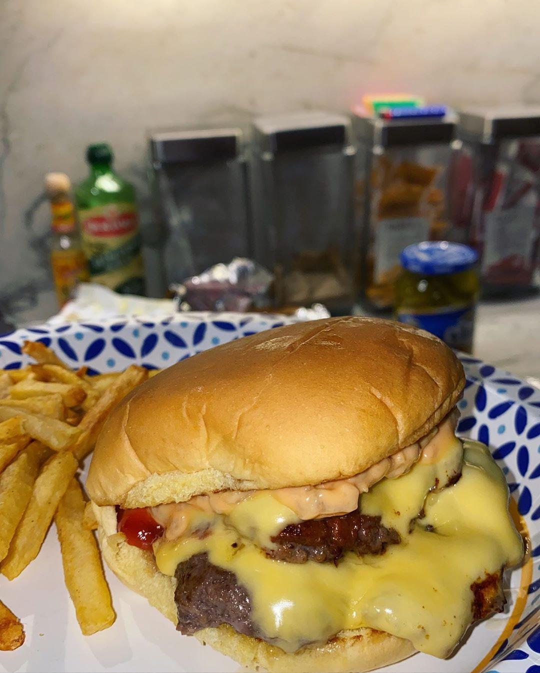 Bella Hadid Burger