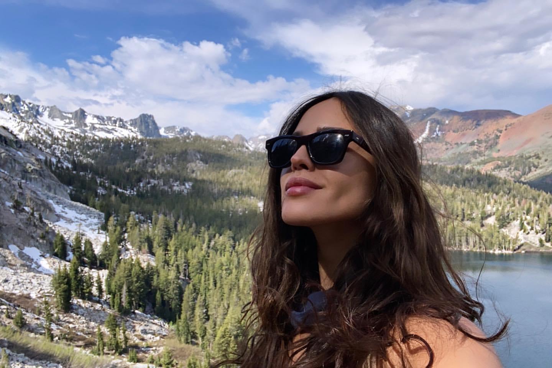 Eiza Gonzalez fait une randonnée! - Photo 7