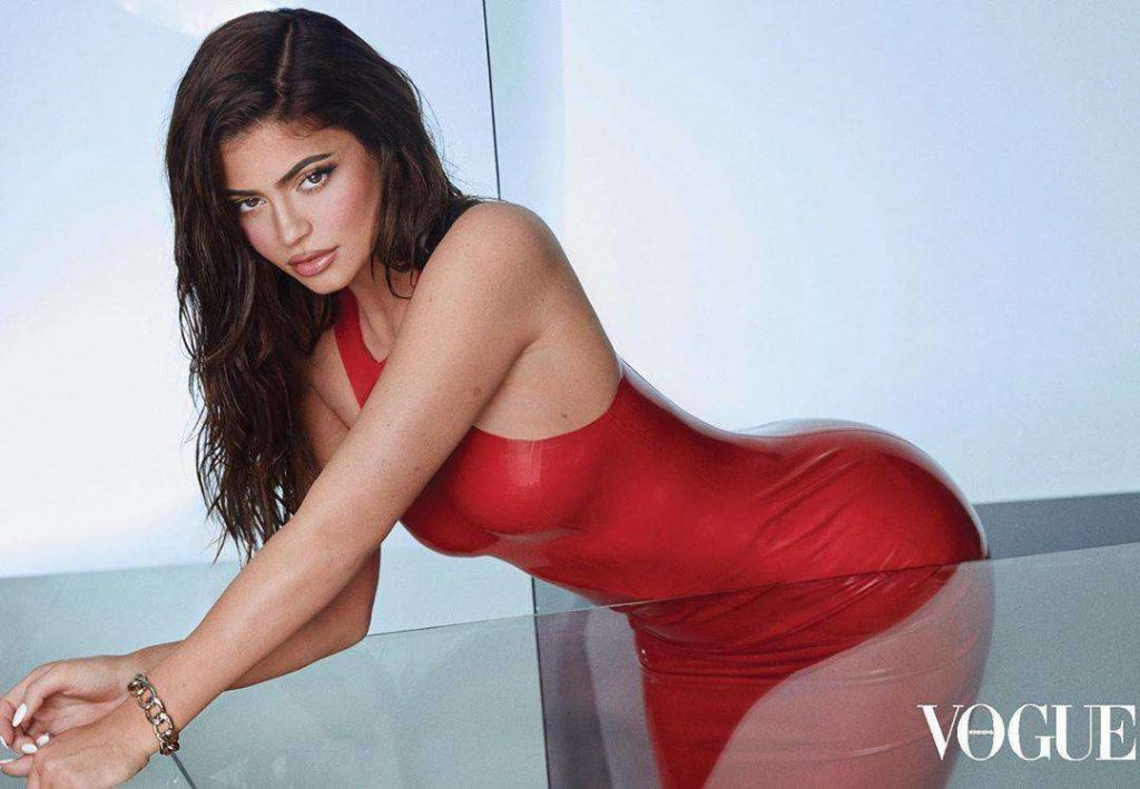 Kylie Jenner Airbrushed to Oblivion for Vogue!