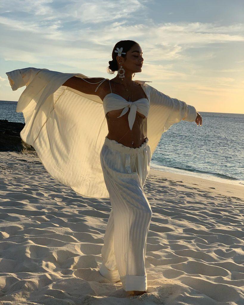 Vanessa Hudgens Nails the Beach Vibes!