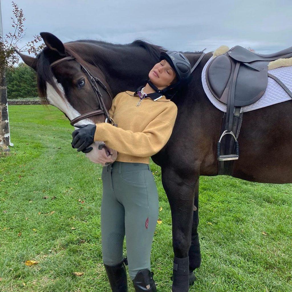 Bella Hadid the Horse Girl!