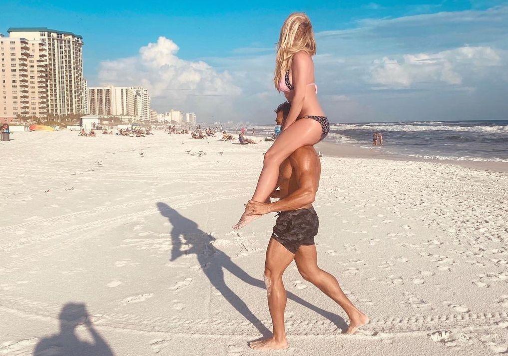 It's Britney, Beach!