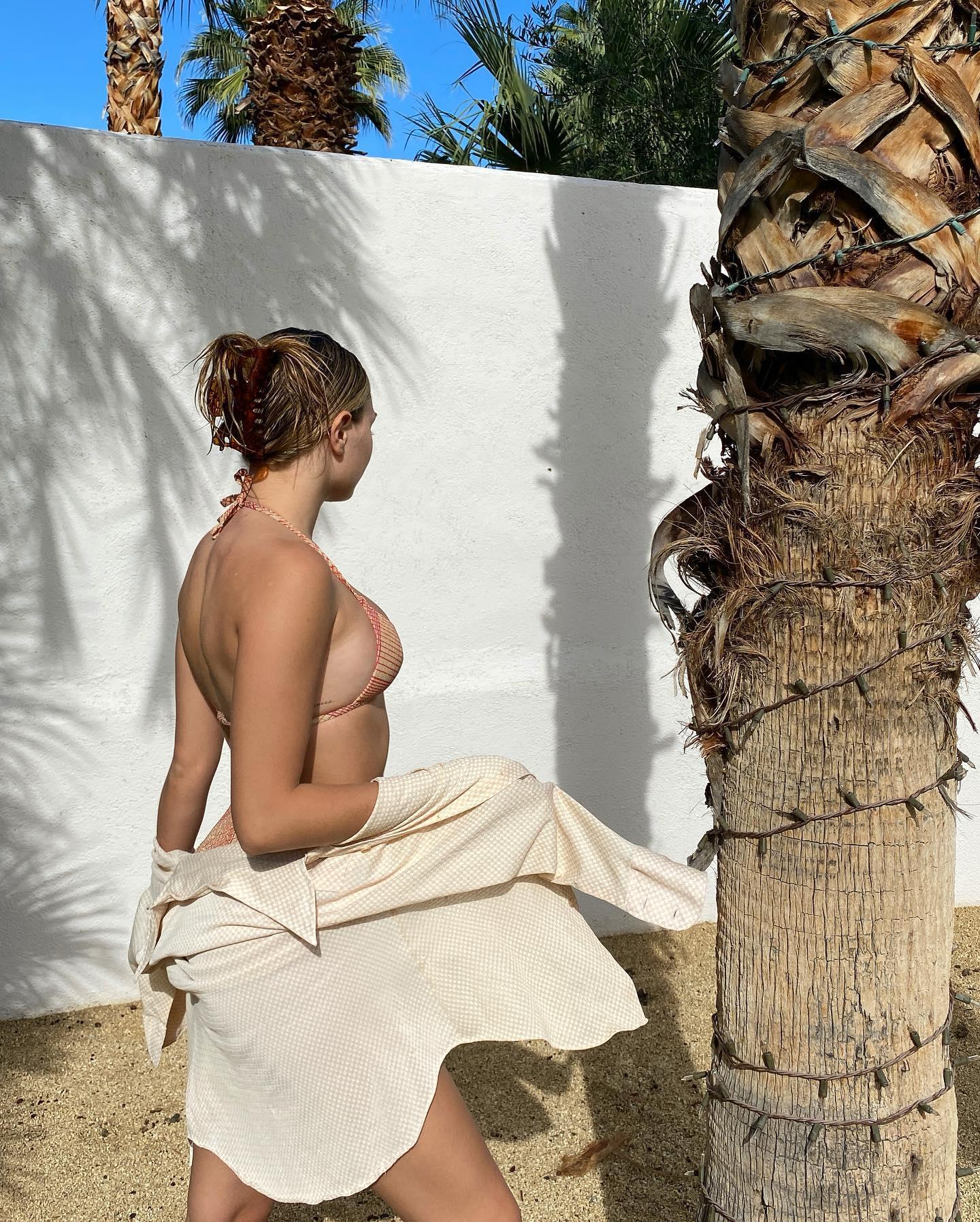 Maddie Ziegler  nackt