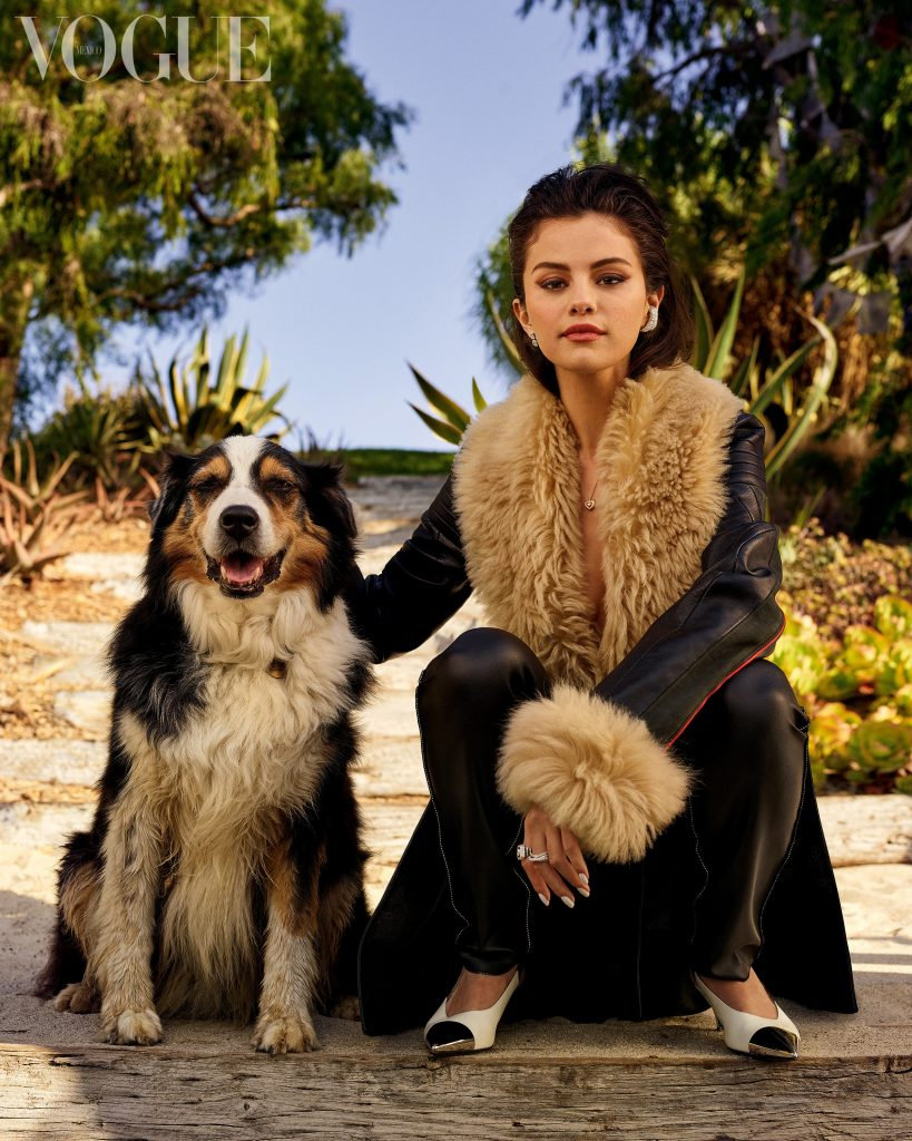 Selena Gomez in Mexico with a Dog!.jpg
