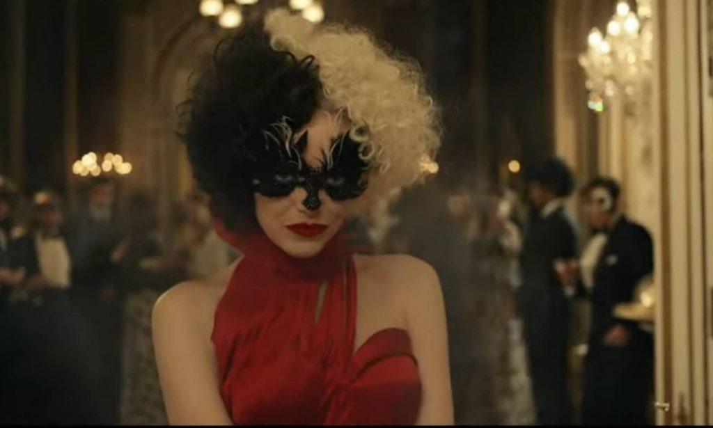 Emma Stone is Cruella de Vil!