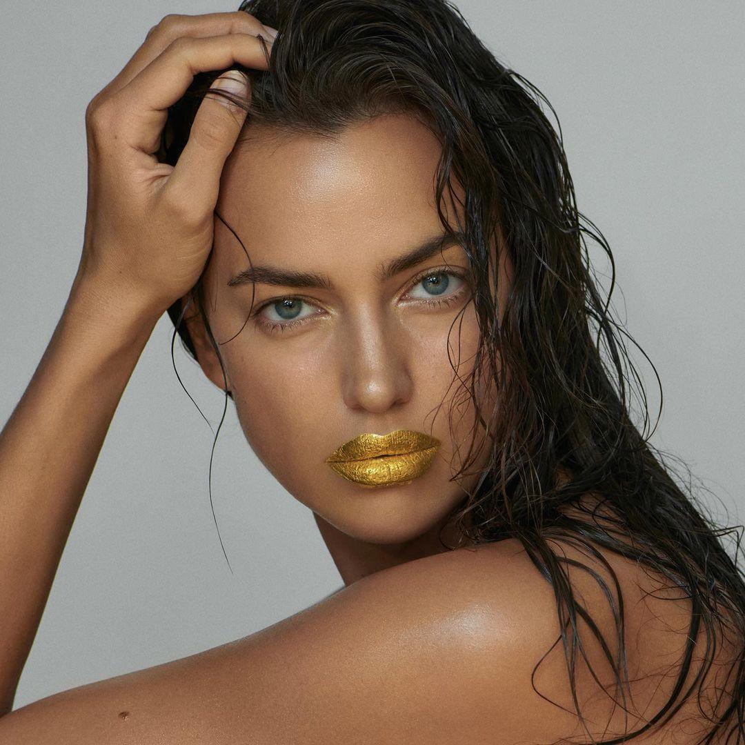 Irina Shayk Gets the Gold!.jpg