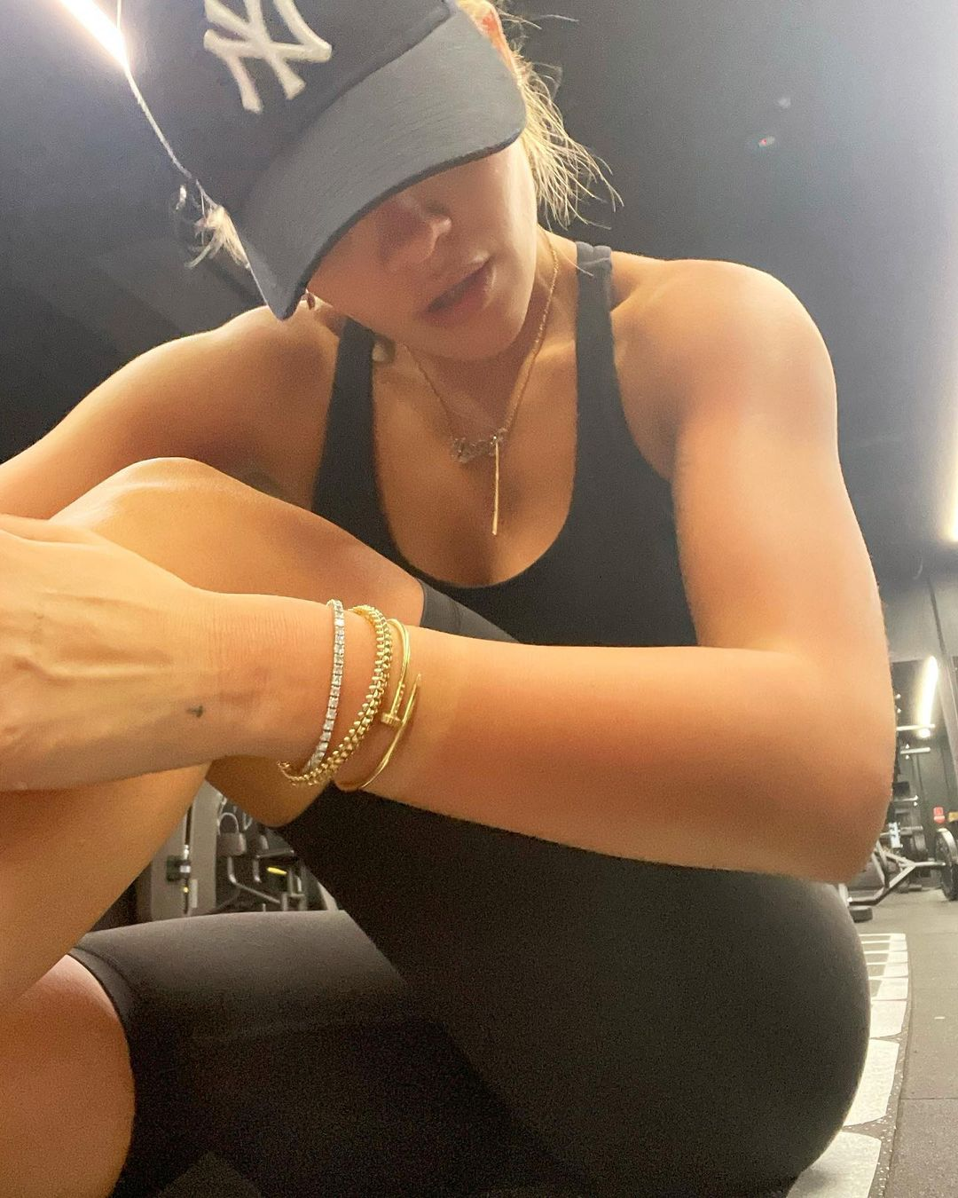 Working Out With Rita Ora!.jpg