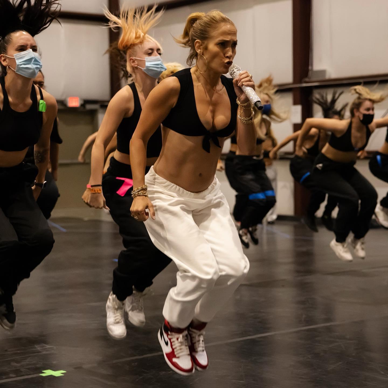 Jennifer Lopez is Getting Ready to Rock!.jpg