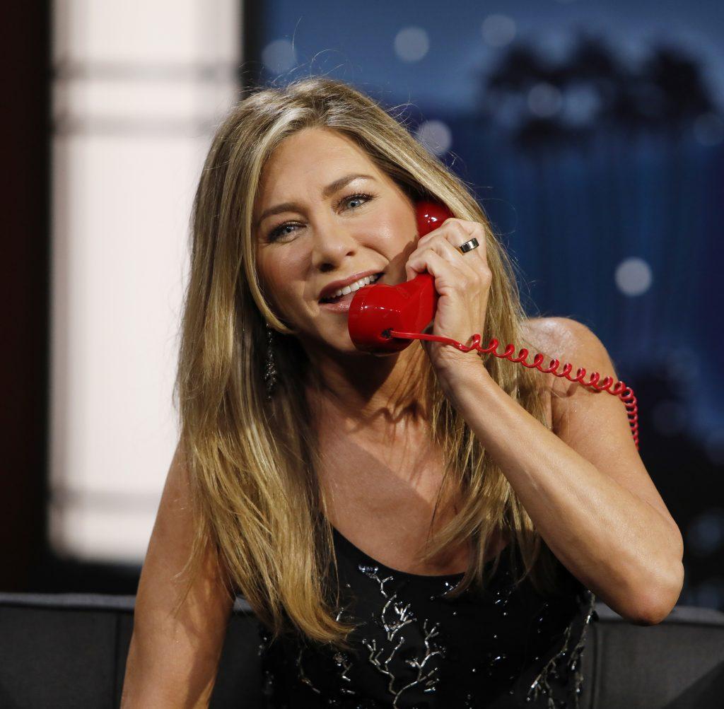 Jennifer Aniston Makes an Anal Sex Joke on TV!