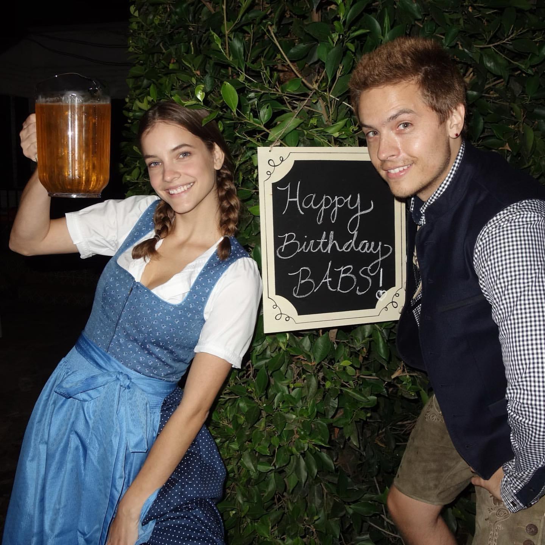 L?anniversaire de Barbara Palvin à l?Oktoberfest! - Photo 8