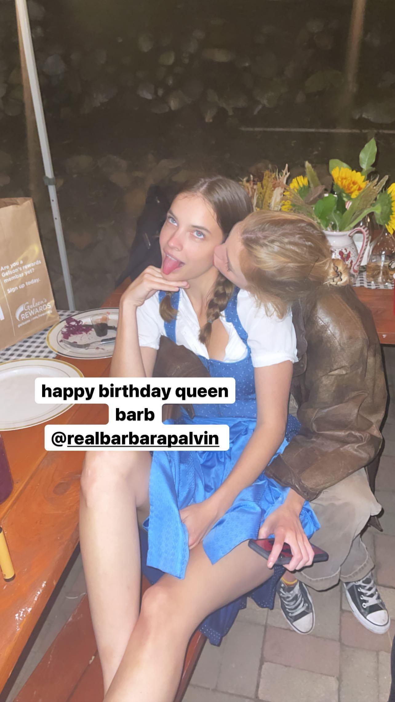L?anniversaire de Barbara Palvin à l?Oktoberfest! - Photo 7