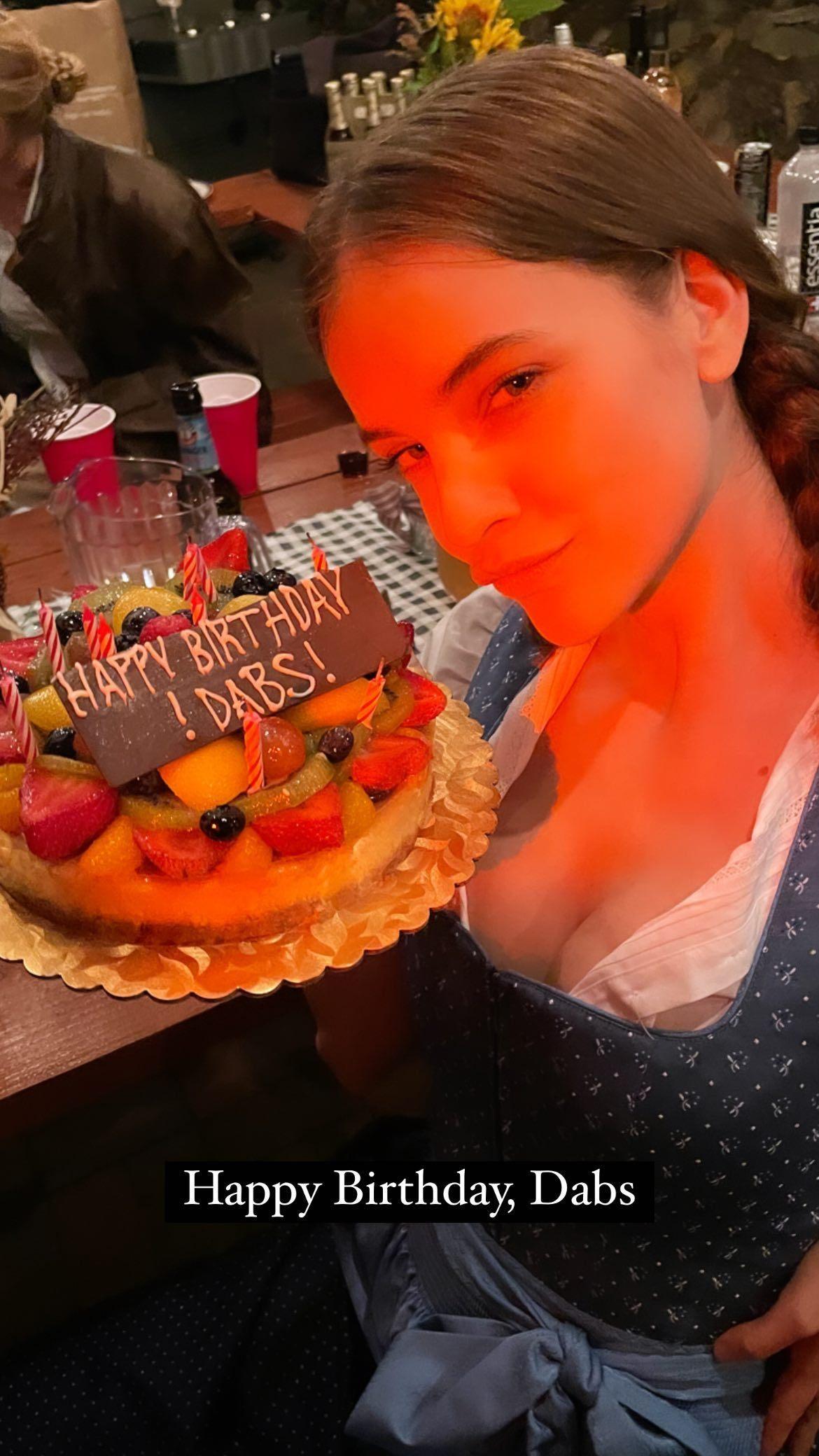 L?anniversaire de Barbara Palvin à l?Oktoberfest! - Photo 3