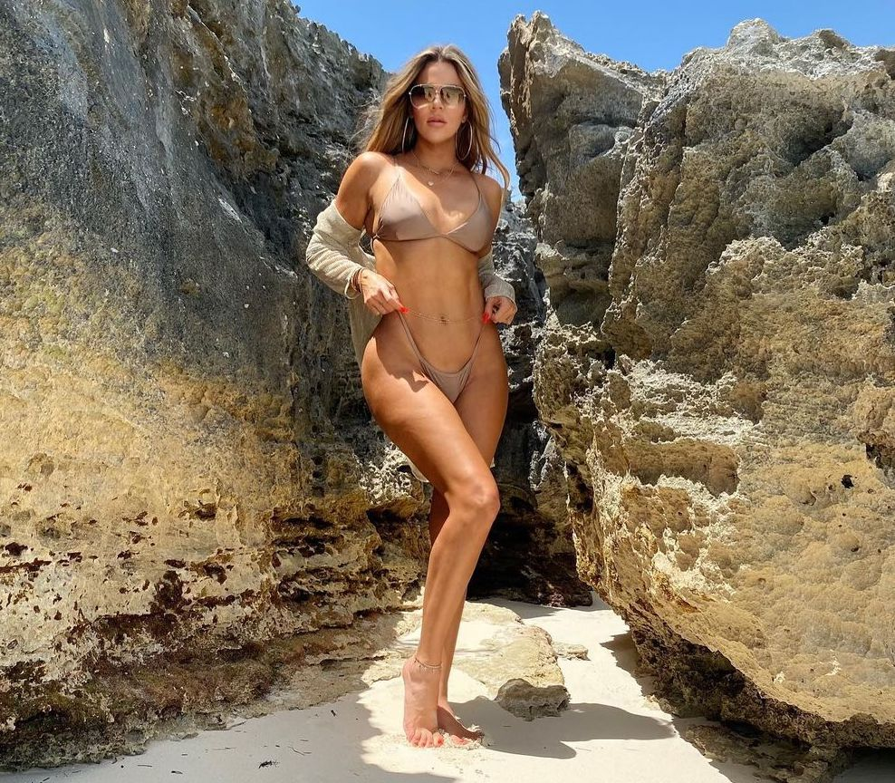 Khloe Kardashian Between a Rock and a Hard Place!